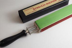Photo du cuir à aiguiser les coupe chou de la coutellerie du vieil antibes